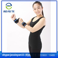 One-size black color magnetic neoprene waterproof wrist support AFT-H004