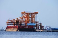 New Type Ship To Shore Gantry Crane Ship Unloader suppliers