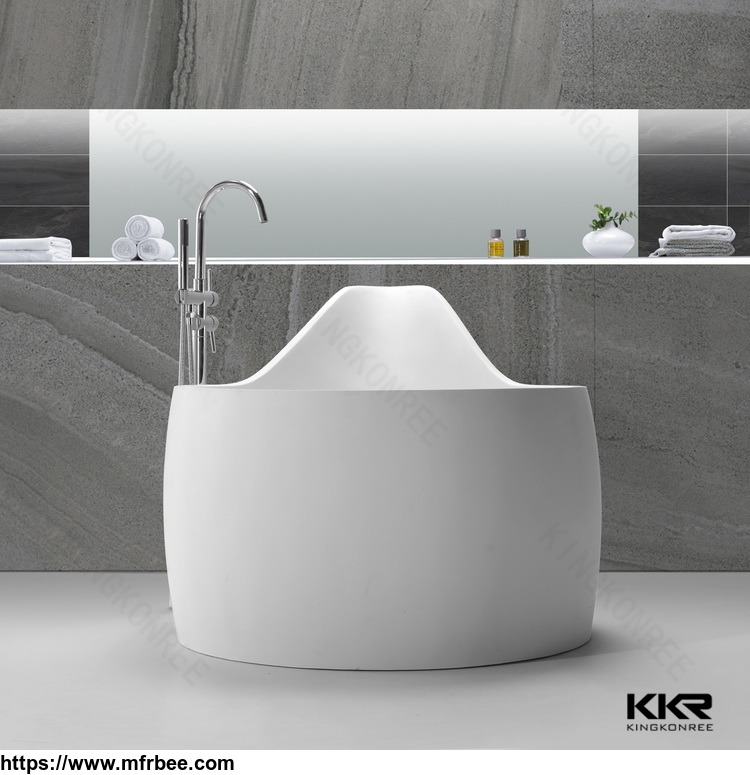 white corian solid surface bathtub