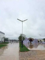 LED  intelligent Solar powered street lamp/light with human body sensor Chinese manufacturer
