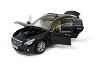 2014 Infiniti Q70L Die-Cast Model Car Toy