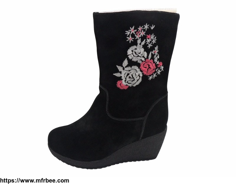 lady_boot_with_flower_embroidery_gertrude_brand_care_