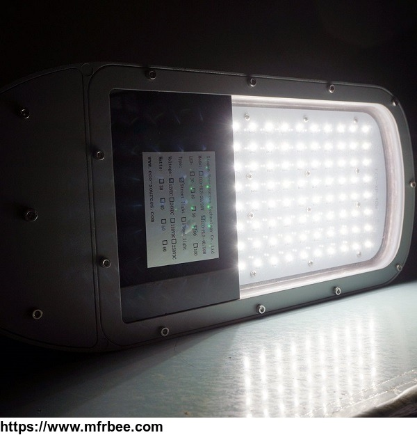 40_watt_solar_led_street_light_completed_system