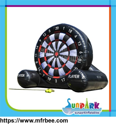 giant_inflatable_football_darts_board_with_sticky_balls