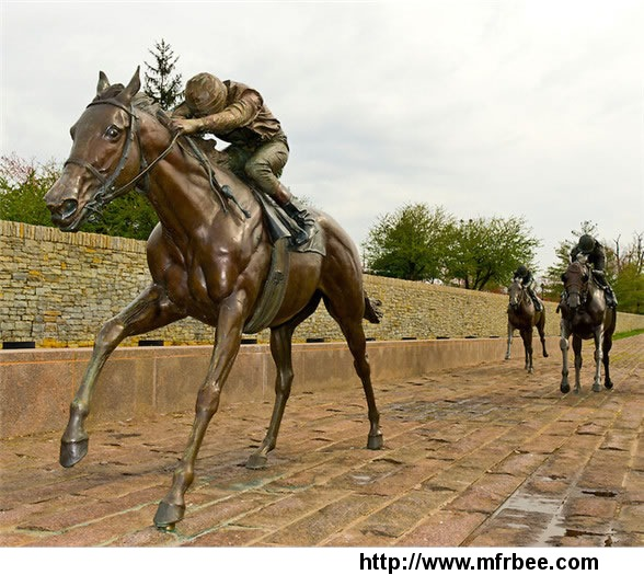 Beautiful casting bronze garden horse statue