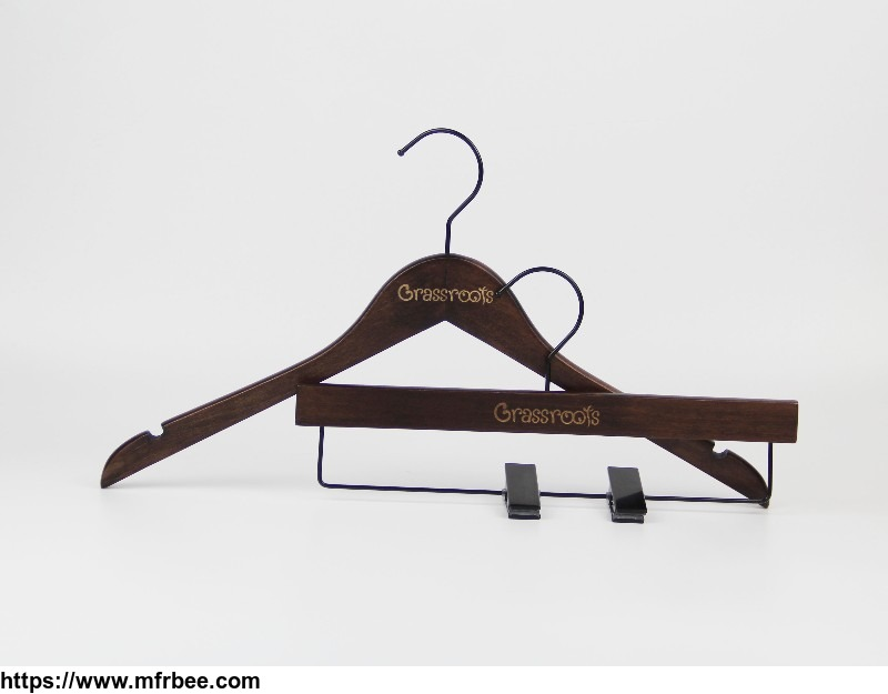 antique_brown_save_space_wood_flat_clothes_hanger