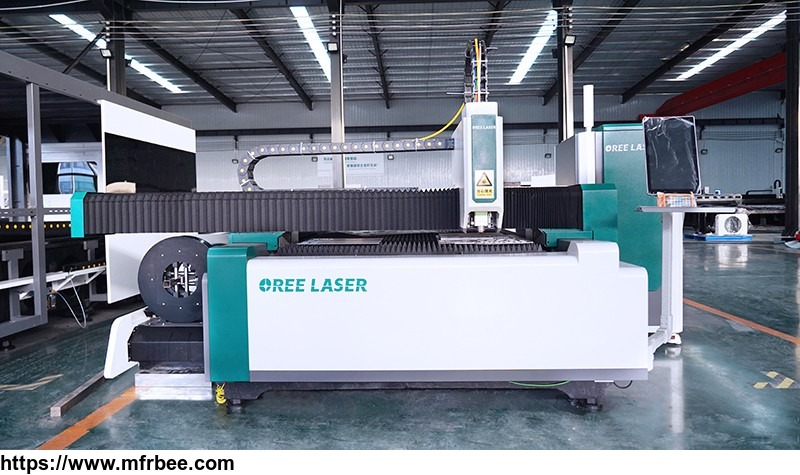 easy_to_operate_fiber_laser_cutting_machine_with_high_quality