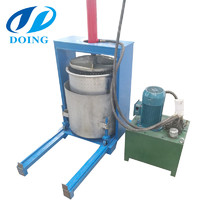 Small vertical hydraulic press cassava piece dewatering machine
